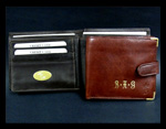 wallet-engraving-and-gold-embossing